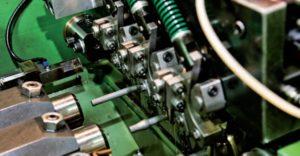 Máquina para fabricação de Parafusos